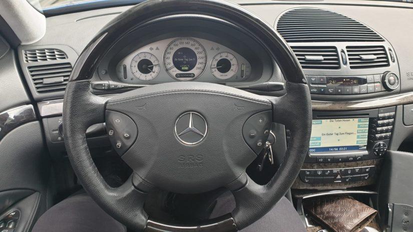 Mercedes-Benz E320 (W211) – Modifikationen – Originaler belederter Airbag