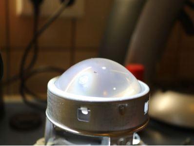 Wartungen, Verbesserungen S211 W211 – Reinigen der Projektionslinsen