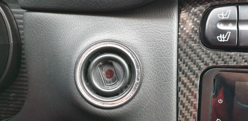 Reparaturen W203 W211 – Zündschlossrossette wegen Rissen wechseln