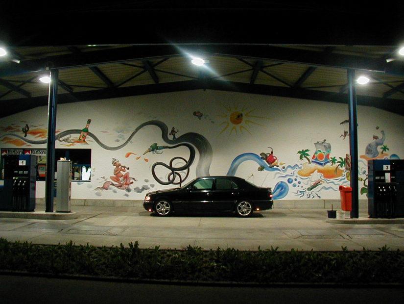 W202 – 2003-03 – Shooting auf der Alb, u.a. bei einer Tankstelle mit einem netten Gemälde in Laichingen