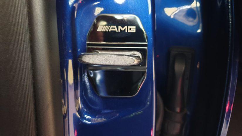 Mercedes-Benz GLC250 (X253) – Modifikationen – Interieur – Türschlossabdeckung AMG Logo