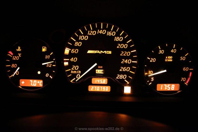 Mercedes-Benz C180 Kompressor Unikat (W202) – Modifikationen – Interieur – Umbau des C36 Kombiinstrument auf die Optik des C43 Kombiinstrument (Scheiben, Zeiger und DIsplaybeleuchtung)